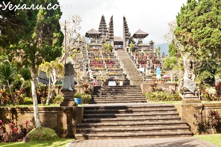 Достопримечательности Бали: храм Бесаких