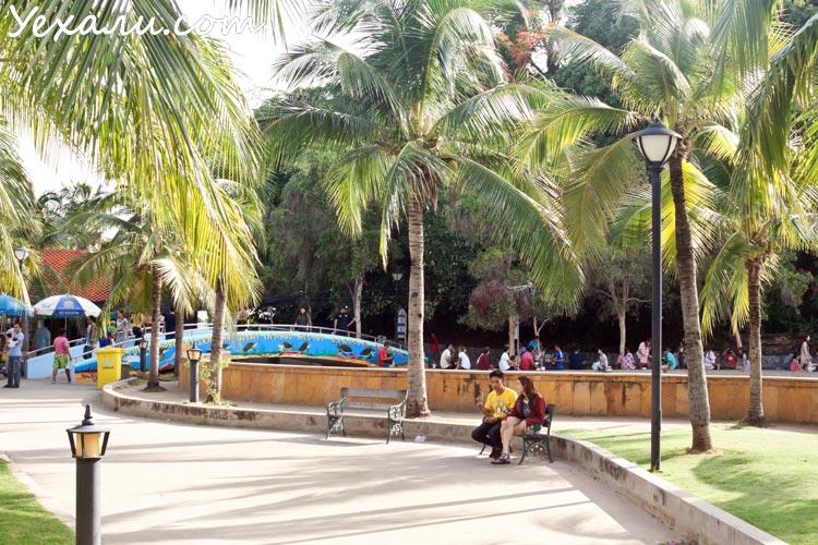 остров Ко Лой (Ko Loi), Срирача, Тайланд