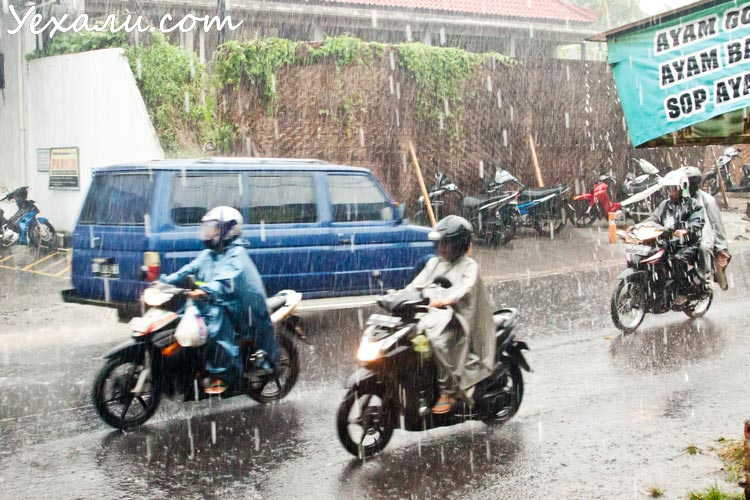 сезон дождей в паттайе и на бали