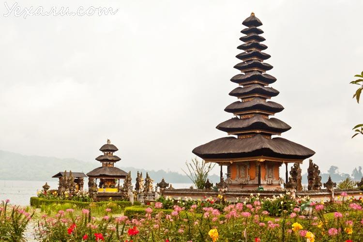 Бали, Пура Улун Дану