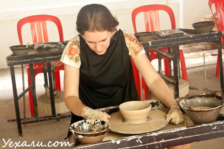 Гончарный мастер-класс в Камбодже