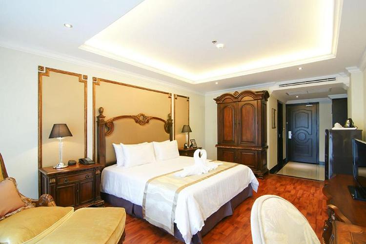 Лучшие отели на юге Паттайи (Таиланд): Miracle Suite.