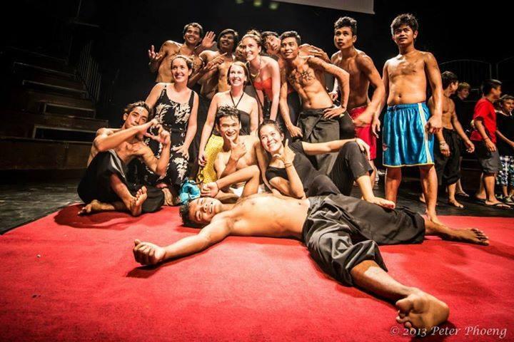http://uehali.com/wp-content/uploads/2015/10/Phare-the-Cambodian-Circus-12.jpg