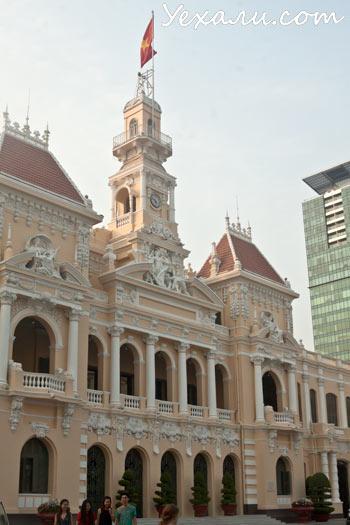 Что посмотреть в Хошимине за один день: Здание муниципалитета (City Hall).