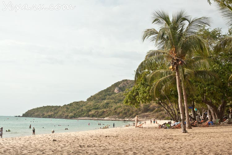 Военный пляж, Паттайя.