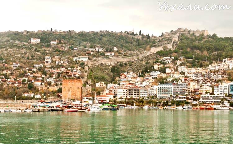 Фото Аланьи, Турция: Красная башня и Крепость Алании.