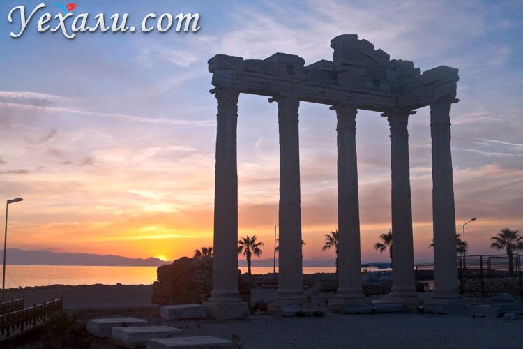 Достопримечательности Сиде, Турция: Храм Аполлона на закате