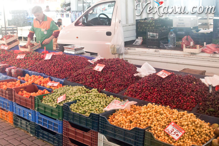 Вторничный и субботний рынки Махмутлара.