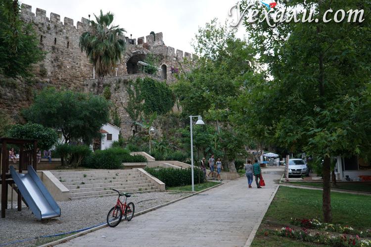 Городские стены в Анталии