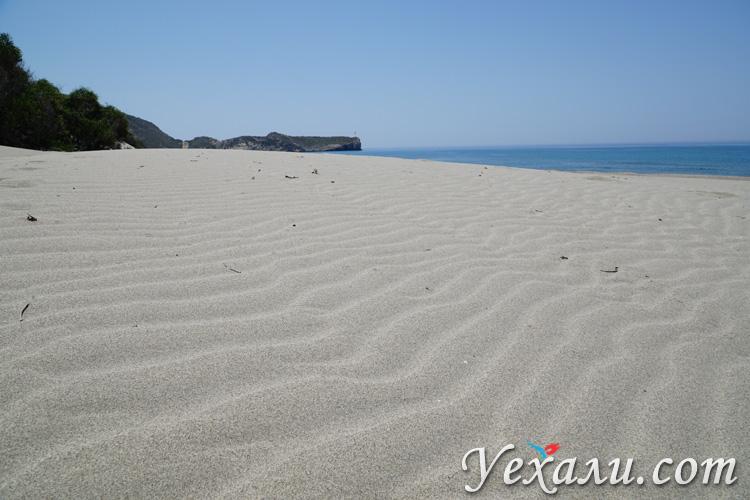 Песок на пляже Патара
