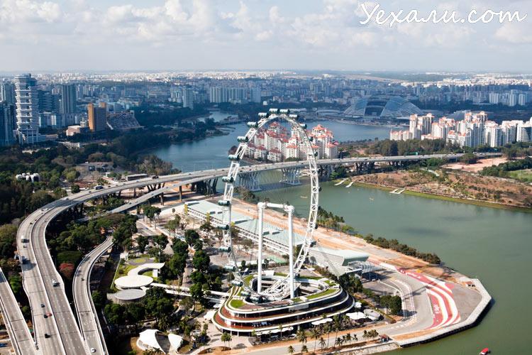 Колесо обозрения Singapore Flyer, Сингапур.