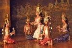 Камбоджийский танец Апсара: ловкость рук и никакого разврата!