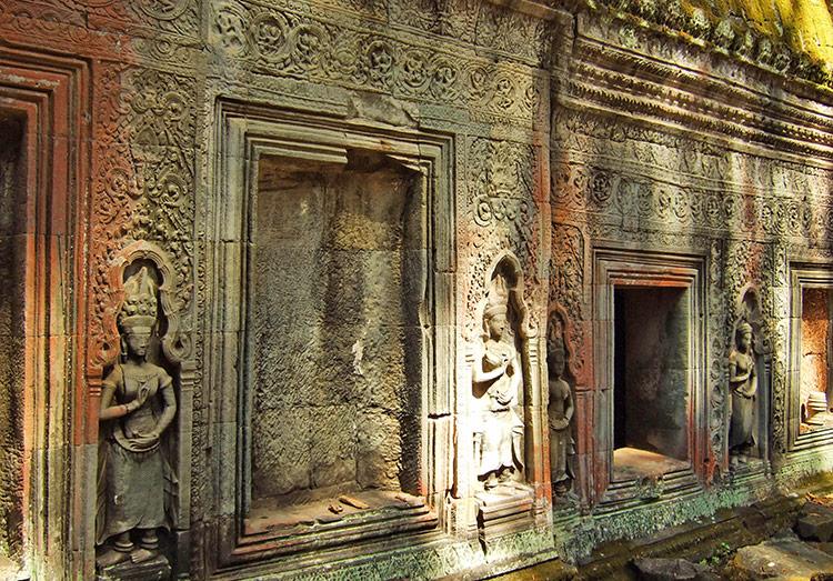 Храм Та Пром в Камбодже (храмовый комплекс Ангкор).