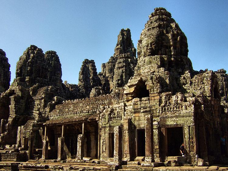 Храм Байон в Камбодже, фото.