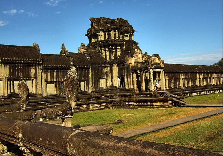 Вход в Храмовый комплекс Ангкор Ват.