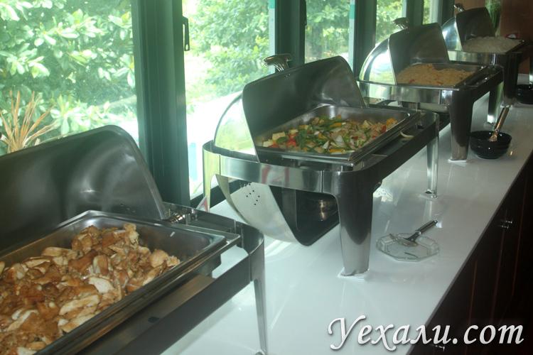 Еда в Сиам Парке