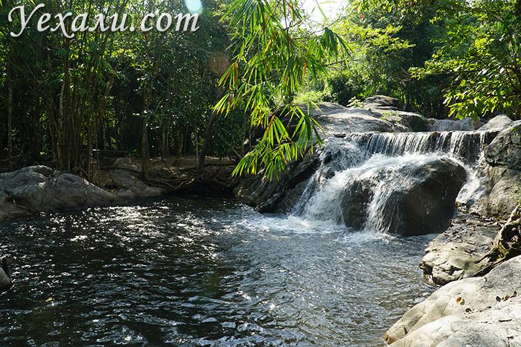 Водопад в провинции Ратчабури