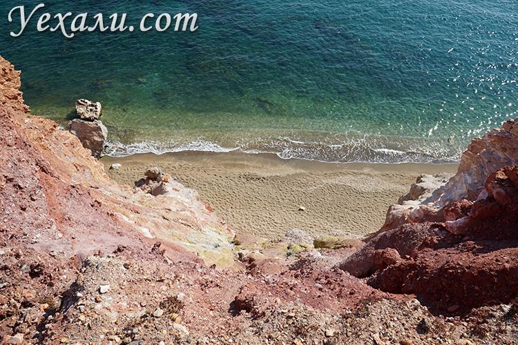 Путеводитель по острову Милос в Греции: пляж Палиохори.