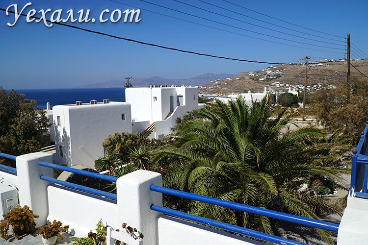 Вид с балкона в отеле на Миконосе