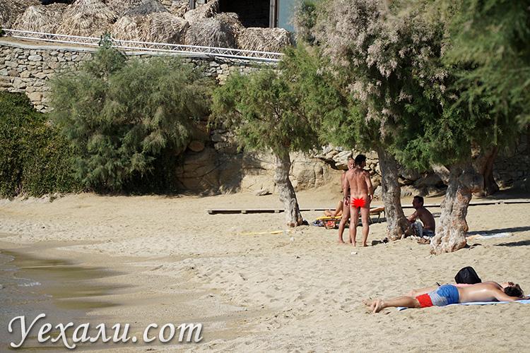 Нудисты в Греции
