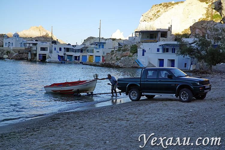 Фото деревни Фиропотамос на Милосе, Греция