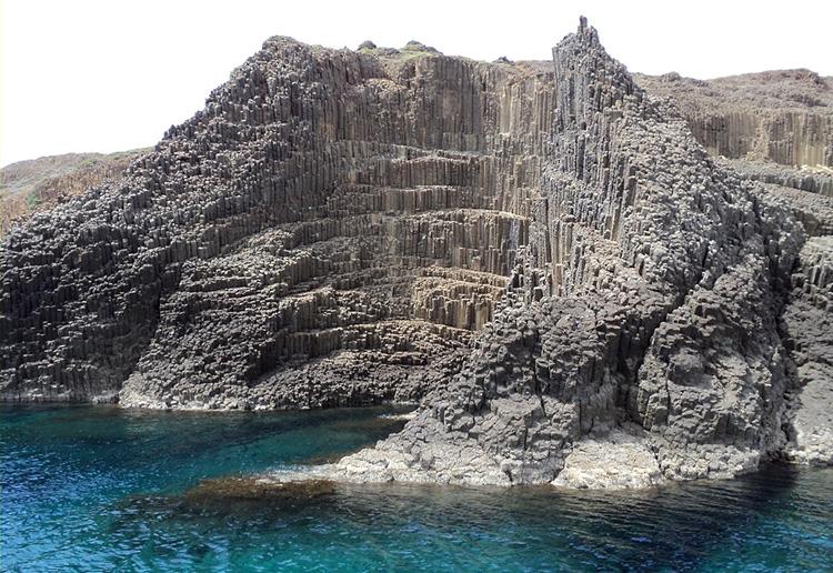 Достопримечательности острова Милос, Гларониссия