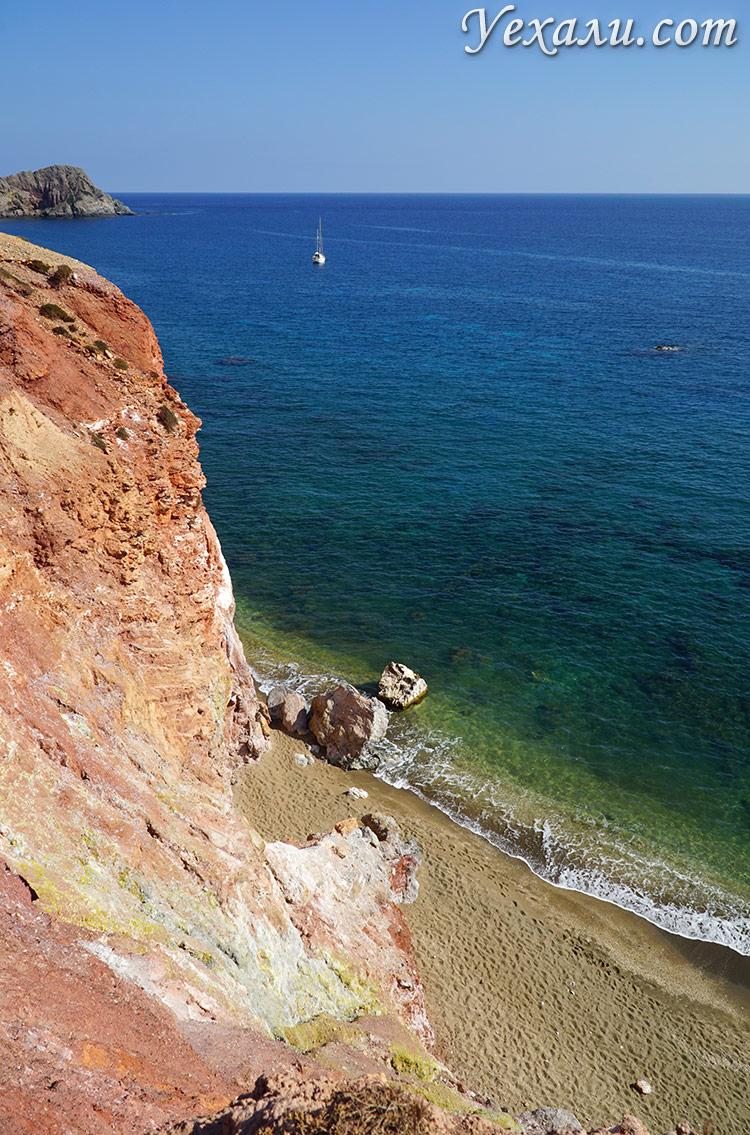 Все пляжи острова Милос, Греция. На фото - пляж Палиохори.