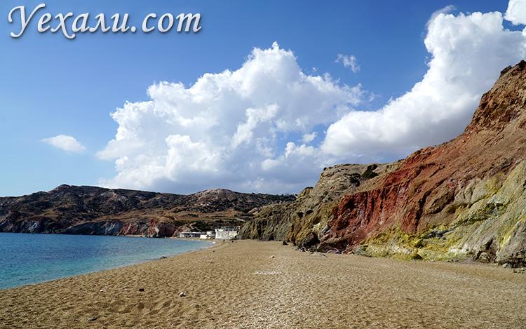 Пляж Палиохори на Милосе, Греция.