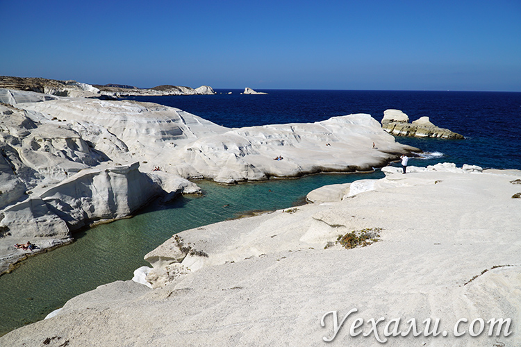 Пляж Саракинико на Милосе