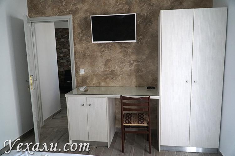 Хороший и недорогой отель с кухней Wisteria Apartments на Санторини