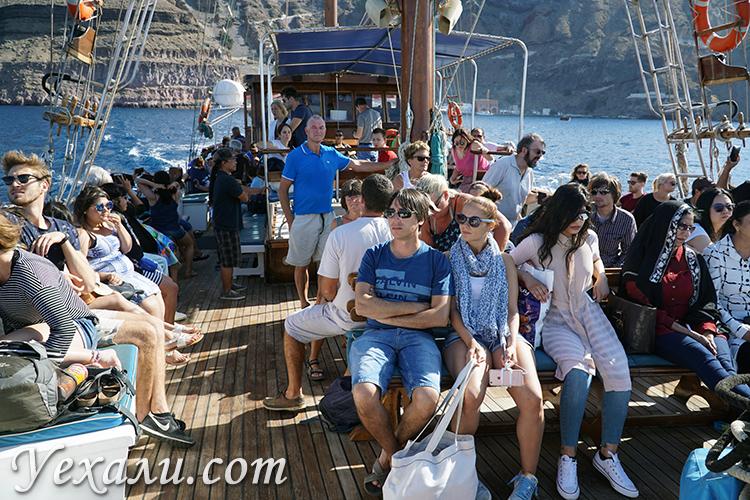 Экскурсия на вулкан Санторини на корабле