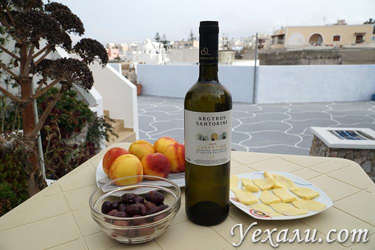 Лучшие фото острова Санторини в Греции: санторинское вино.