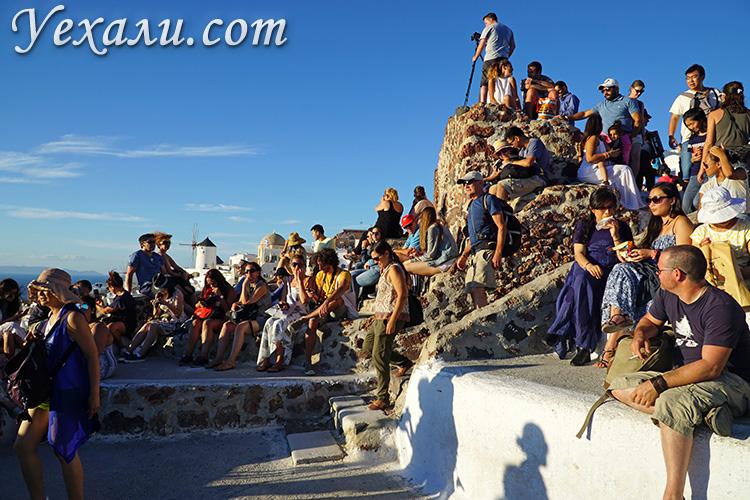 Фото города Оя на Санторини, Греция.