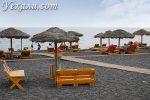 Черные пляжи Санторини: на какие из них не стоит ехать и почему