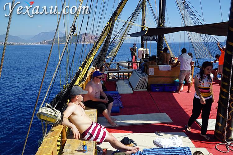 Экскурсия на пиратском корабле в Турции