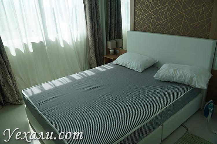 Спальня в кондо Амазон Резиденс в Паттайе