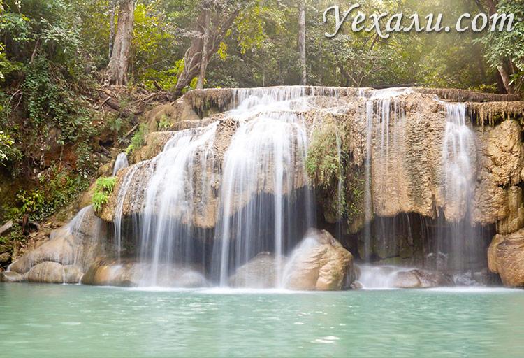 Водопад Эраван в Тайланде, на фото - второй уровень.
