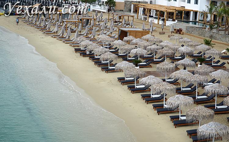 Красивый пляж Плати Гиалос на Миконосе фото