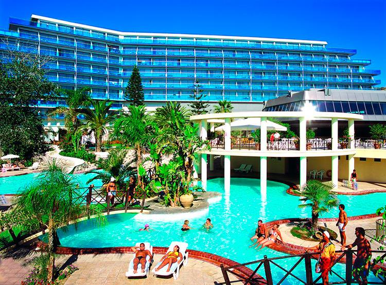 Лучшие отели Фалираки (Родос, Греция) по отзывам русских туристов. На фото: Calypso Beach.