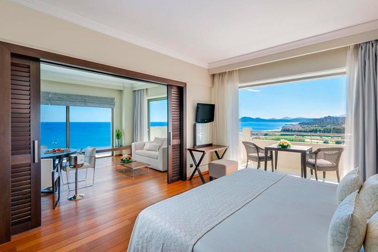 Лучшие отели Фалираки (Родос, Греция). На фото: Elysium Hotel.