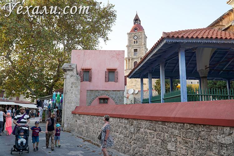 Достопримечательности Города Родос (Греция), башня с часами.