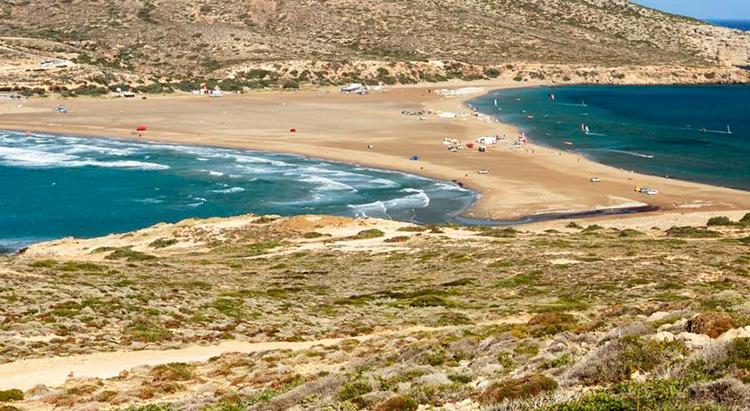 Лучшие пляжи Родоса, Греция. На фото: мыс Прасониси.