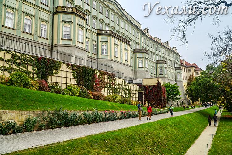 Главные достопримечательности Пражского Града, Чехия. На фото: Сад на Валах.