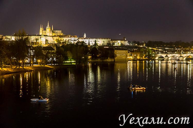 Что посмотреть в Праге за 7 дней самостоятельно. На фото: Вацлавская площадь.