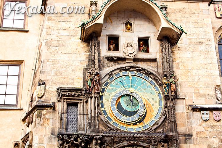 Староместская площадь в Праге. Пражские астрономические часы.
