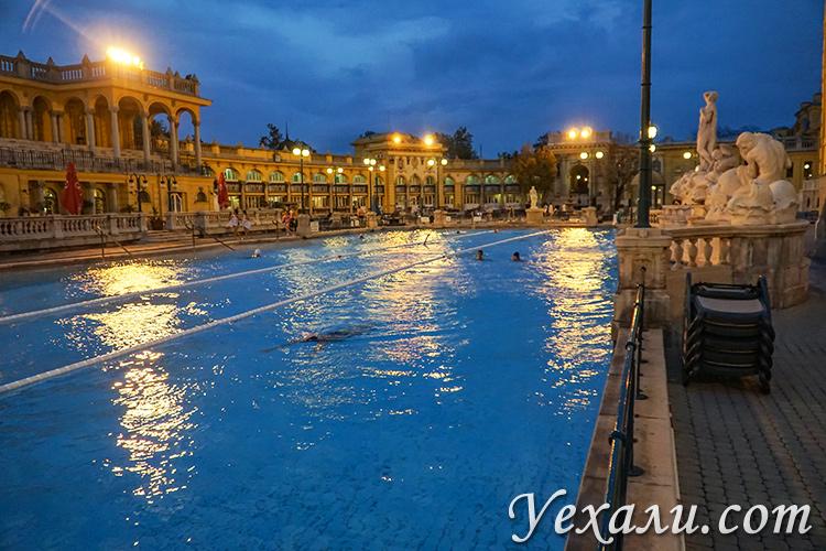 На фото: бани Сечени в Будапеште (Венгрия)