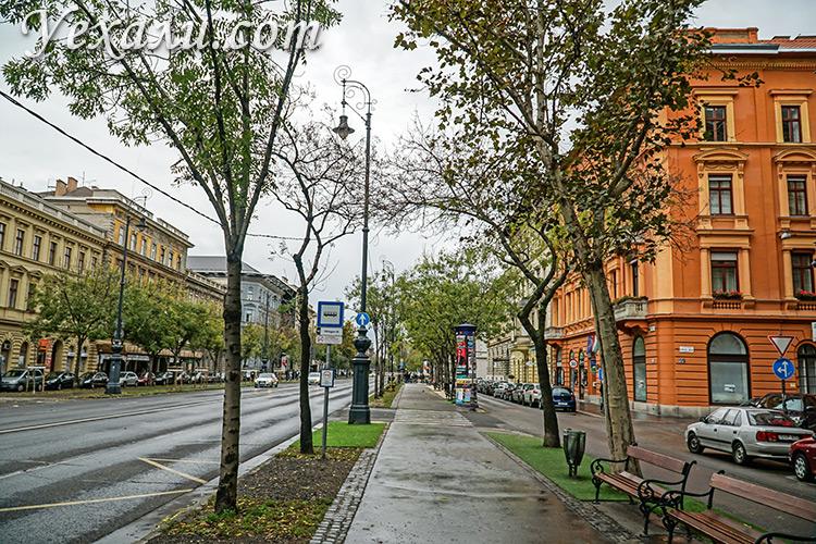 Топ достопримечательностей Будапешта, Венгрия. На фото: проспект Андраши.