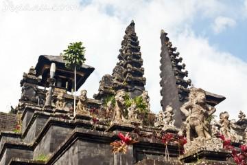 Храм Пура Бесаких, Бали