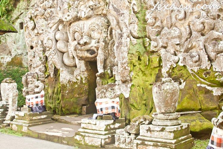 Достопримечательности Бали: пещера Гоа Гаджах