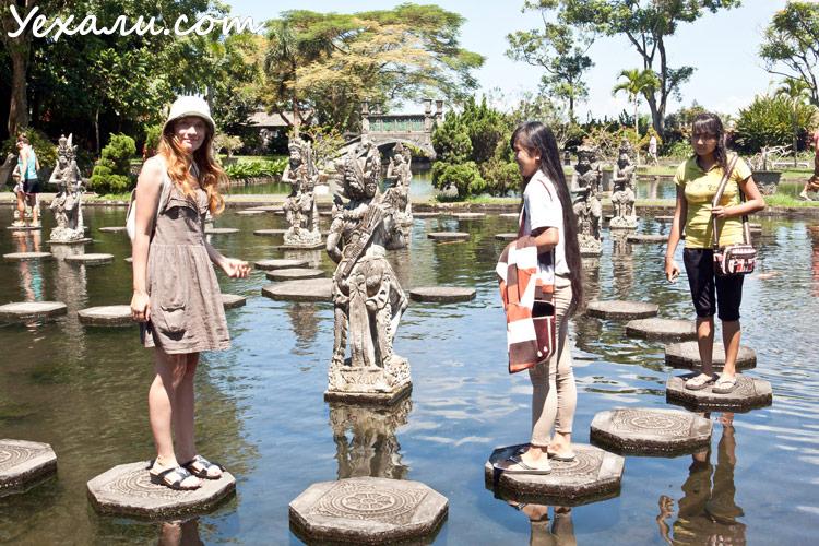 Водный дворец Тиртаганга Бали